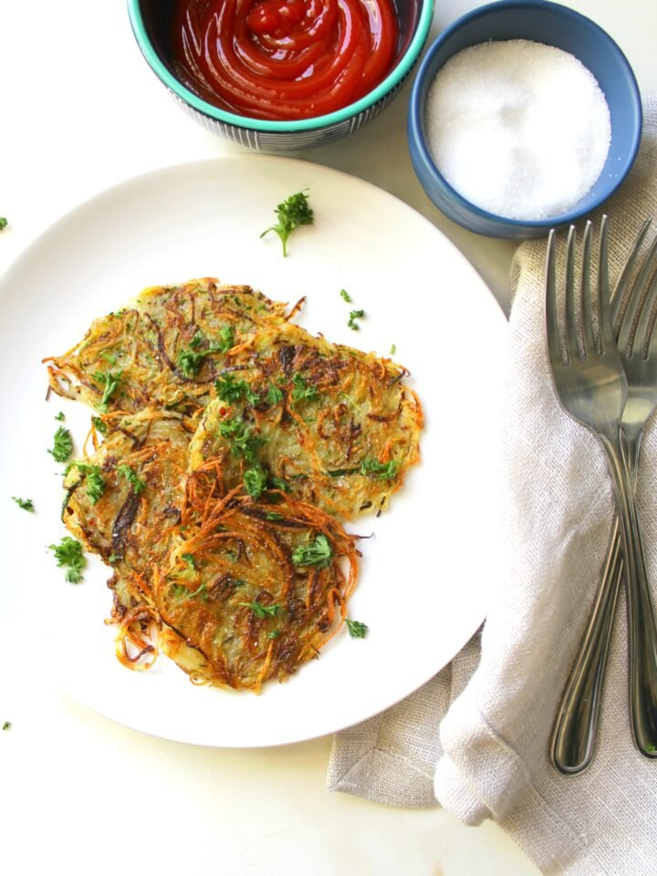 Make a breakfast classic a little healthier with these Zucchini Potato Hash Browns   ThisSavoryVegan.com