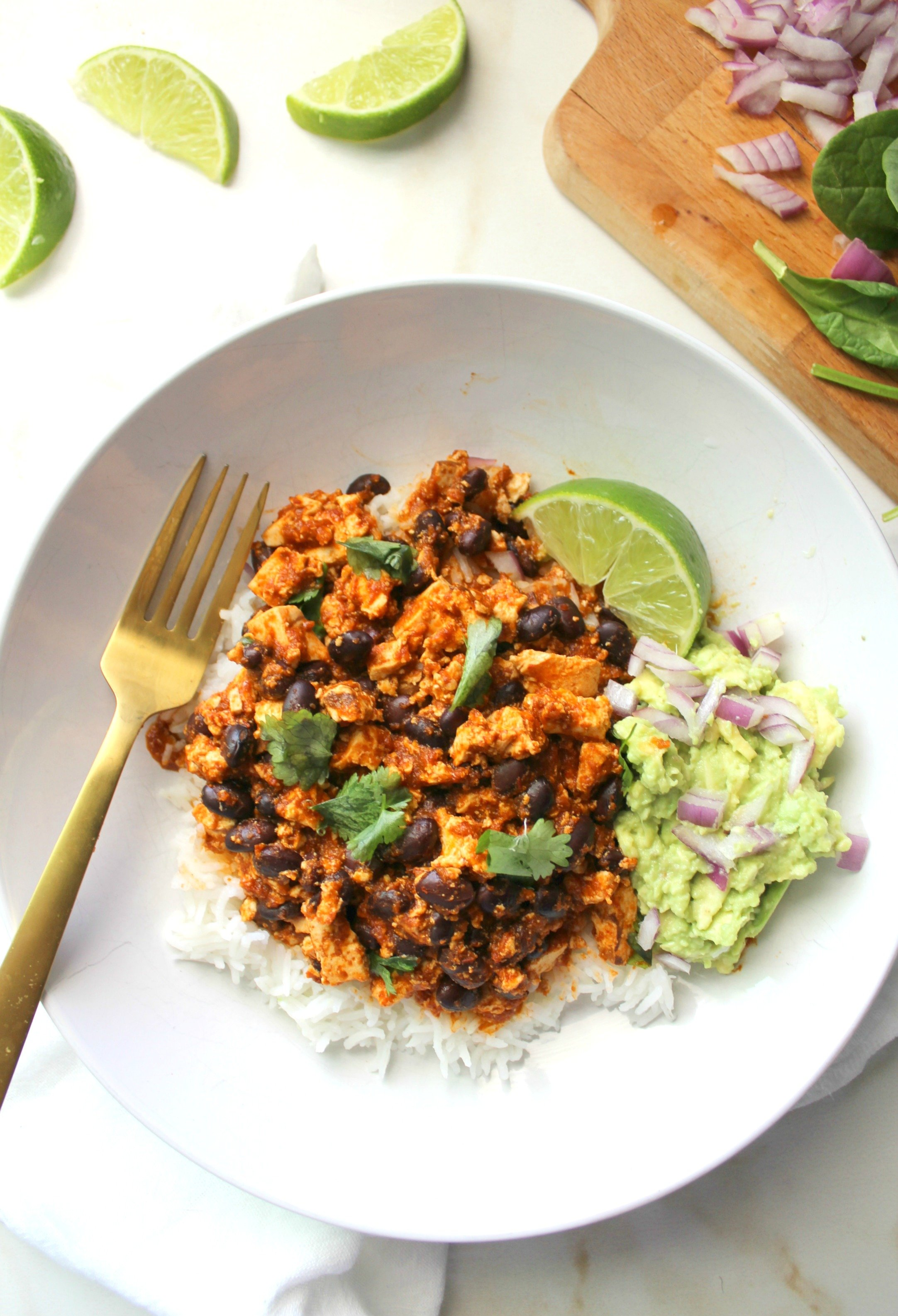 These Spicy Sofritas Black Bean Bowls are healthy, simple and super delicious. Perfect for meal prepping or busy weeknights   ThisSavoryVegan.com