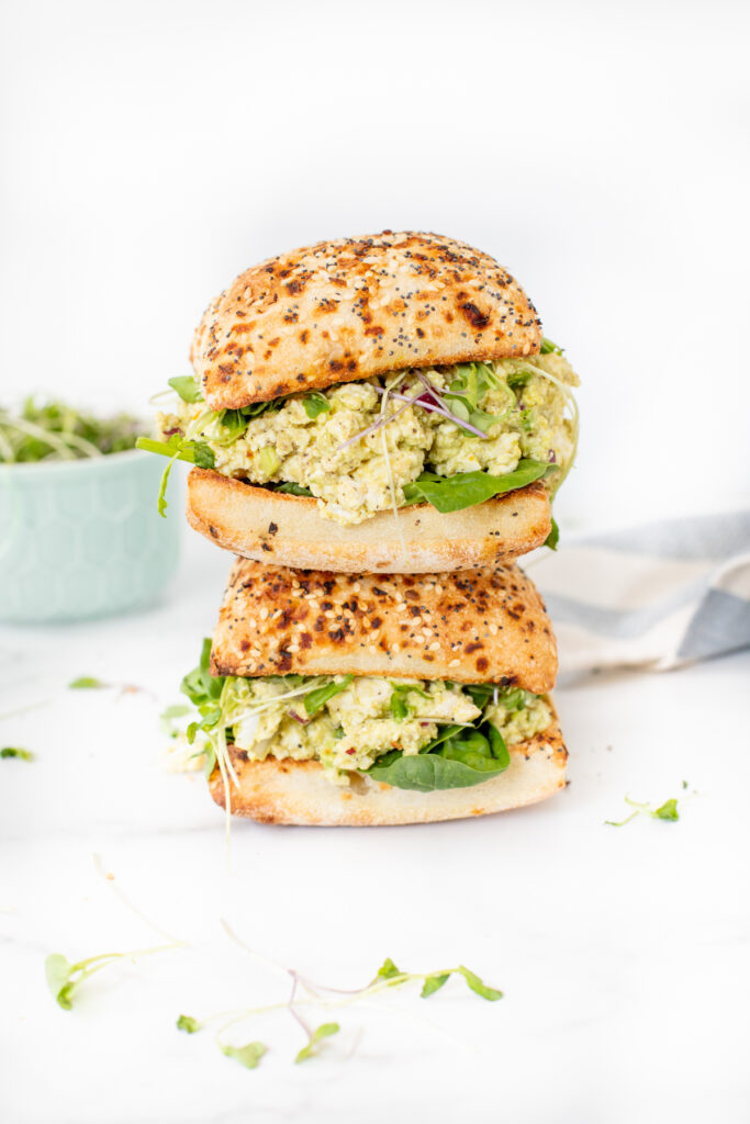 A classic recipe is vegan-ized with these Vegan Egg Salad Sandwiches. Perfect lunch or dinner for warm weather days when you don't feel like cooking   ThisSavoryVegan.com #thissavoryvegan #veganeggsalad #vegansandwiches
