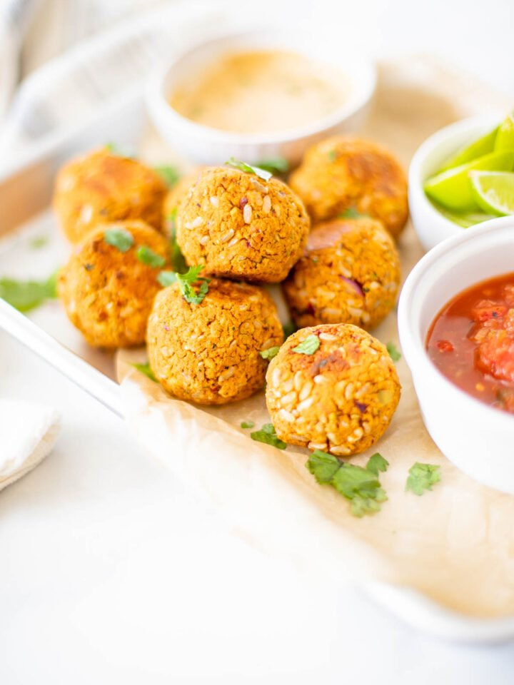 These Zesty Vegan Chickpea Meatballs are crispy, hearty and healthy. Made with chickpeas, pistachios, brown rice, herbs and spices. Serve with pasta, salads or bowls   ThisSavoryVegan.com #thissavoryvegan #chickpeas #veganmeatballs