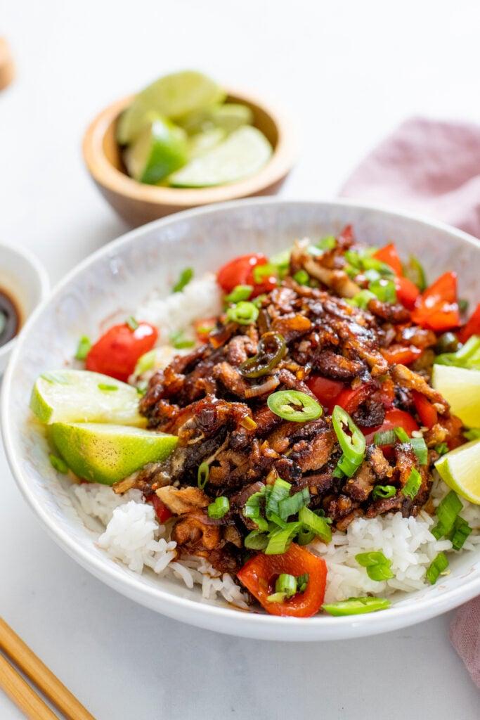 These Crispy Mushroom Stir-Fry Bowls are perfection! So much flavor, the best homemade vegan stir-fry sauce and plenty of veggies to fill you up | ThisSavoryVegan.com #veganstirfry #vegandinnerideas #mushroomstirfry